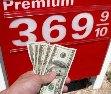 Gas_and_Cash_istock_9-12-11